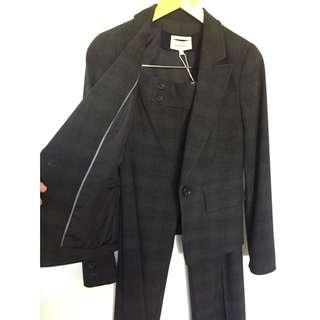Dark Grey Veronika Maine Suit