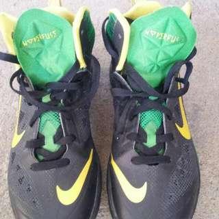 Nike Hyperfuse (Basketball Shoes)