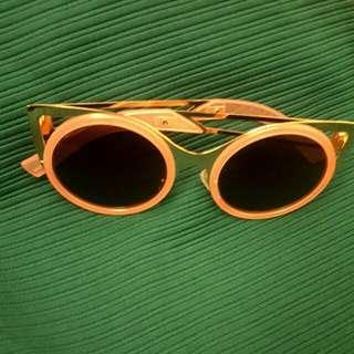 ◥◣二手◤◢🇰🇷韓國帶回粉色金框貓眼墨鏡