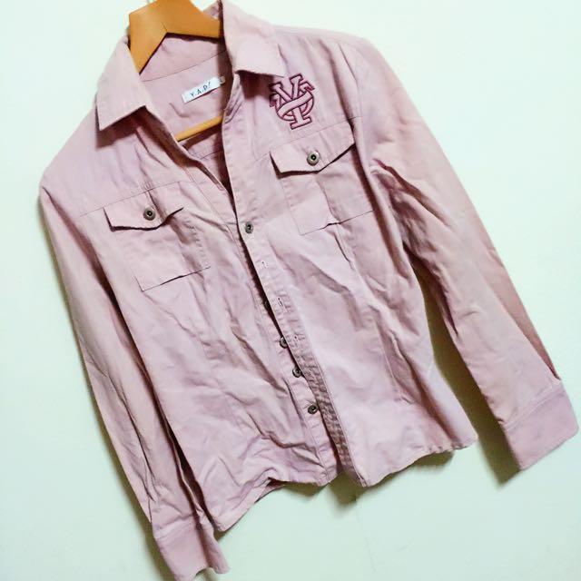 挺版 粉紅色襯衫