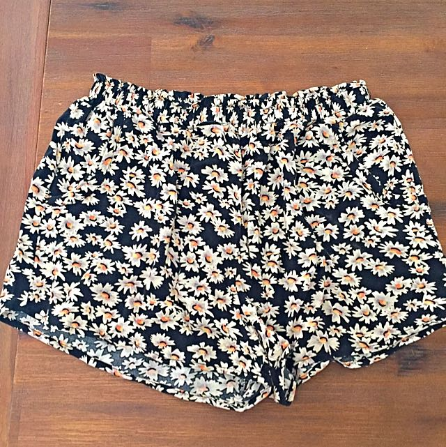 All About Eve Daisy Shorts