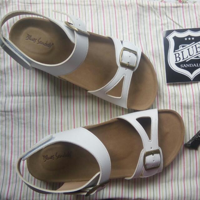 Blues Sandals - White Size 38