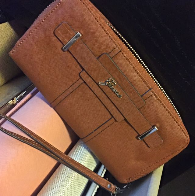 Guess Branded Wallet