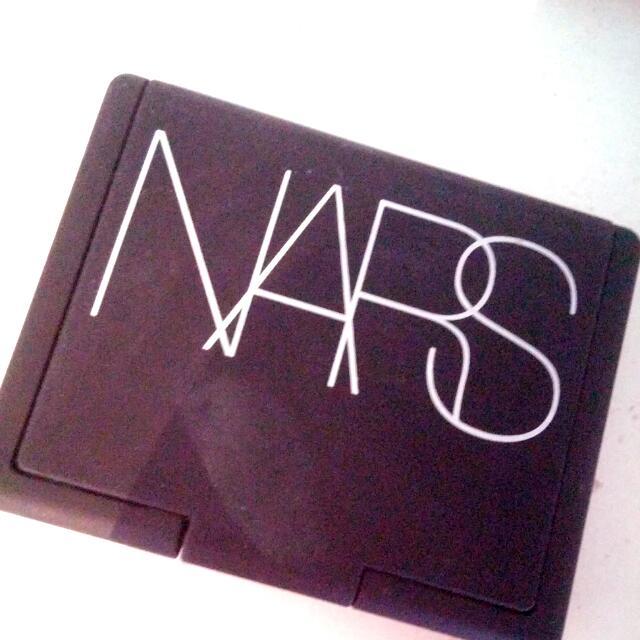 NARS- Jolie Poupee Eyshadow Duo