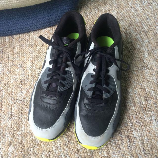 Nike AirMax (Size 13)