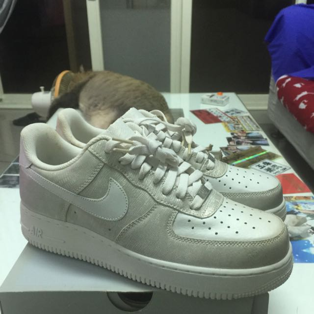 NIKE WMNS AIR FORCE 1 '07 金屬亮皮蛇紋