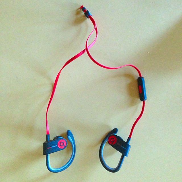 Power Beats (ear Phones)