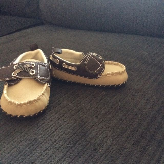 shoes baby size 3