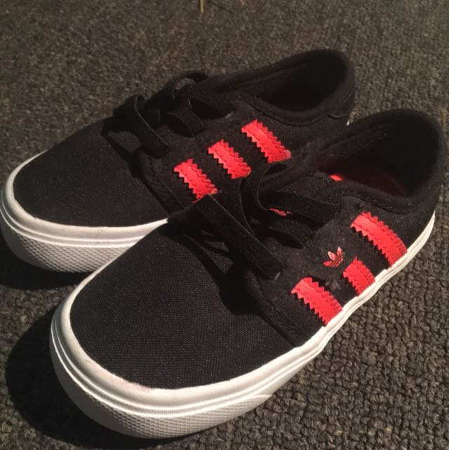 Toddler Boys adidas Shoes