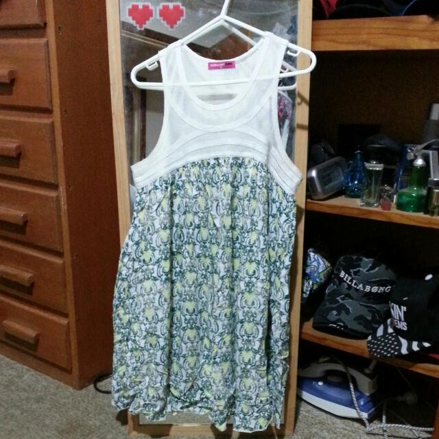 Valley Girl Dress Size 10