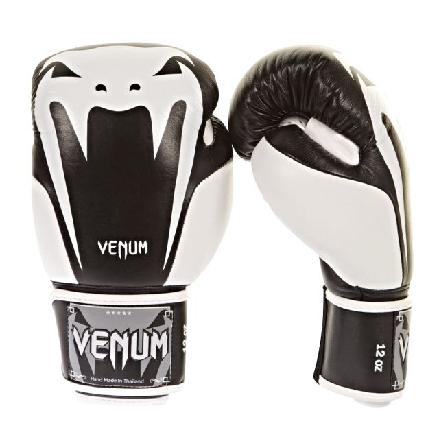 VENUM - Giant 2.0 Boxing Gloves-Nappa Leather 拳擊手套 蟒蛇