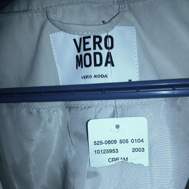 Vero Moda Trench Coat.