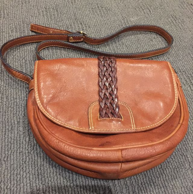 **Reduced For Quick Sale**Vintage Oroton Real Leather Cross Body Bag