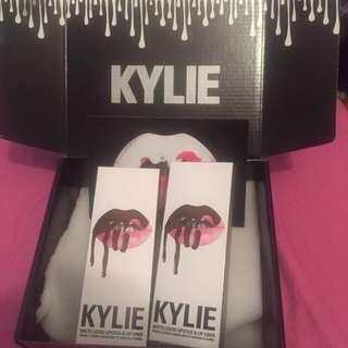 Kylie Jenner Lipkit In True Brown