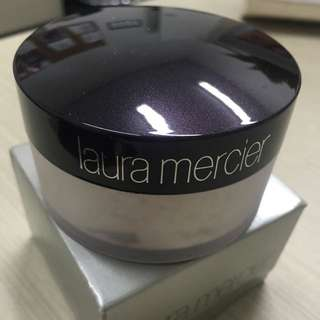 Laura Mercier Translucent Powder