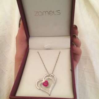 Zamels Heart Pendant Necklace