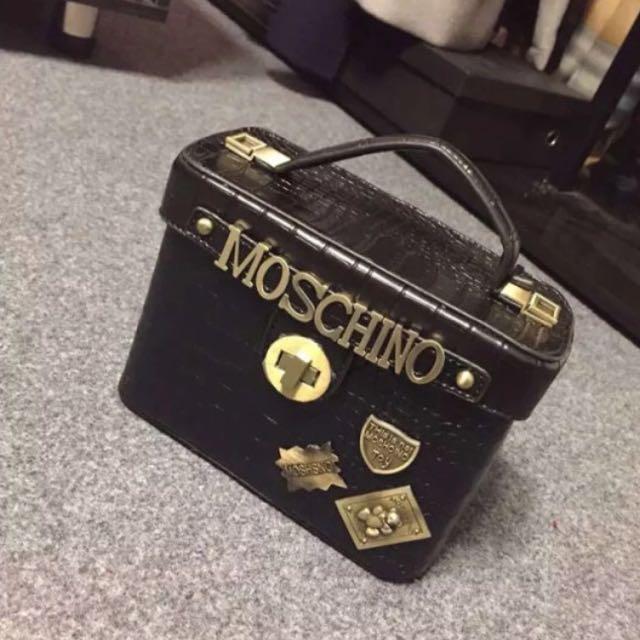 全新現貨🍤個性鎖扣方盒復古銅牌裝飾方包單肩側背包-黑色