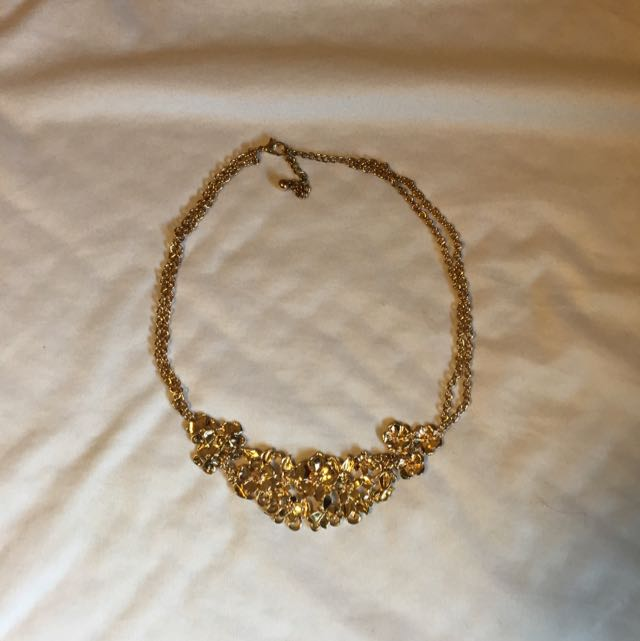 "Short ""Gold"" Necklace"