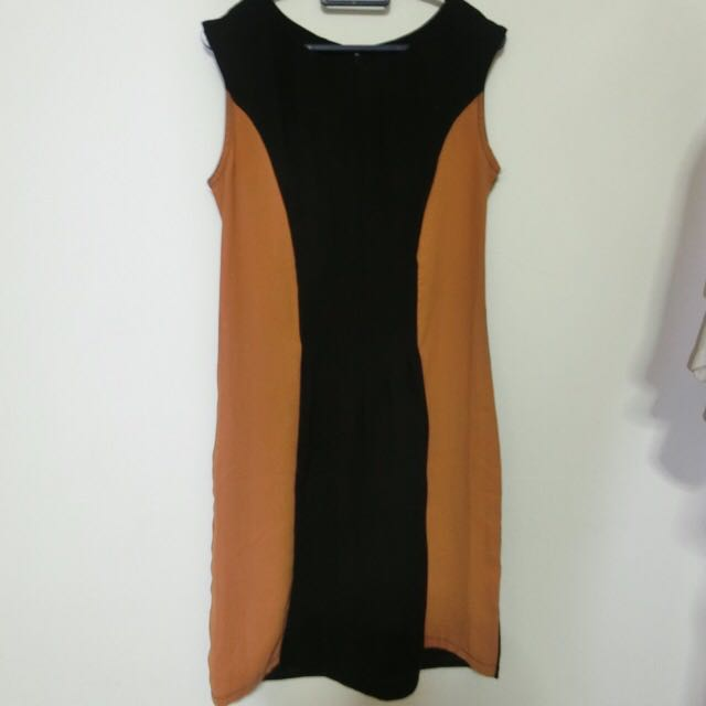 slim fit dress (black and brown)