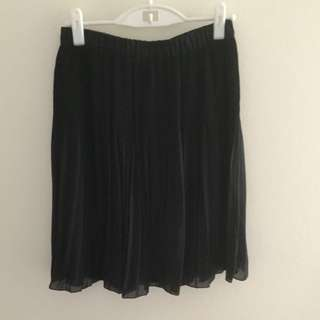 Skirt - Uniqlo, Black, Knee length