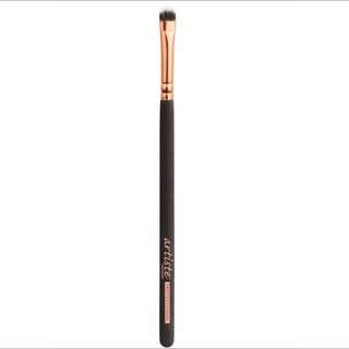Artiste Professional Airbrush Collection 'Precision Smudge Brush A06'.