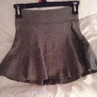Xs Aritzia Skirt