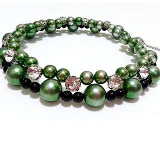 Vintage Green Goddess Faux Pearl Necklace