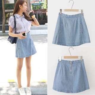 淺藍色牛仔短裙