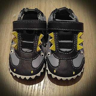 BNIB Robeez Baby Shoes In Blue, Size 2