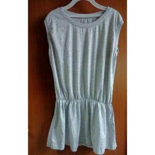 灰色無袖縮腰小洋裝