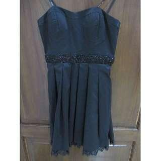Guess - Classic Black Dress