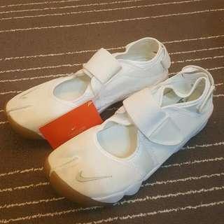 Nike Air Rift 忍者鞋 全新真品 全白US10