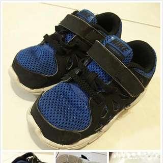 兒童nike運動鞋