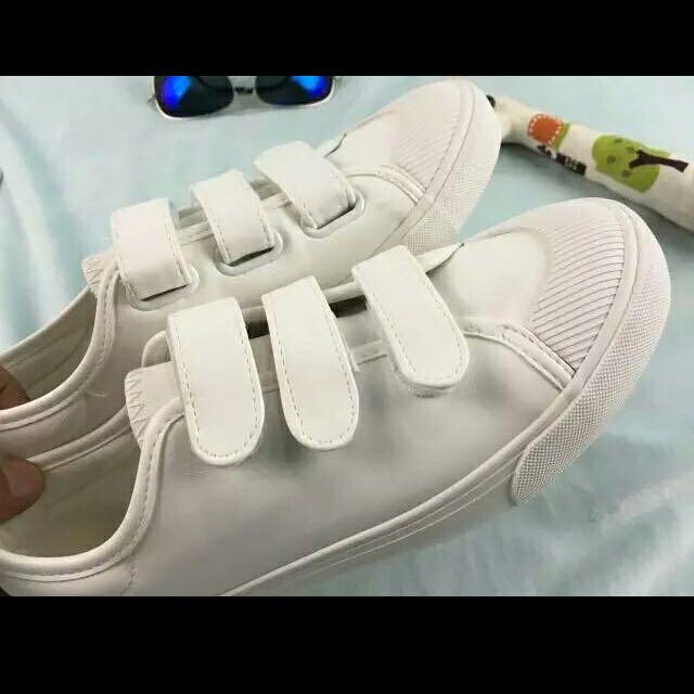 白色魔鬼氈鞋👟