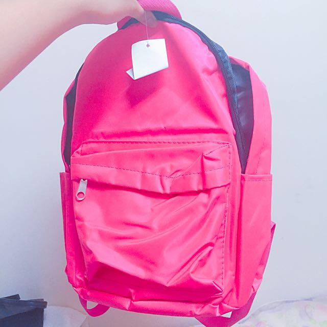 螢光桃紅後背包