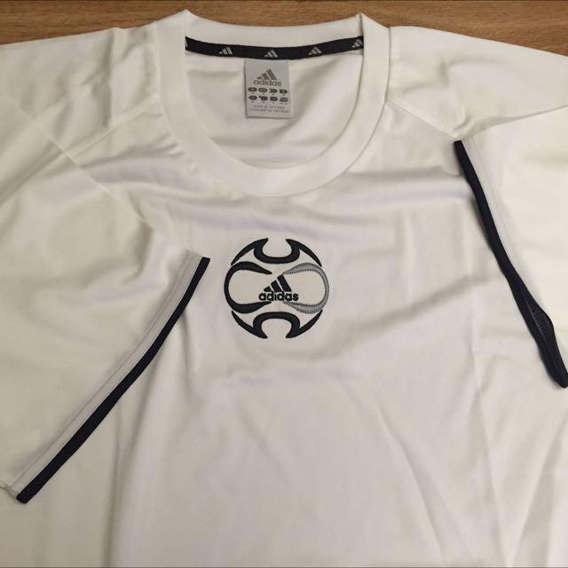全新Adidas愛迪達男短袖T恤