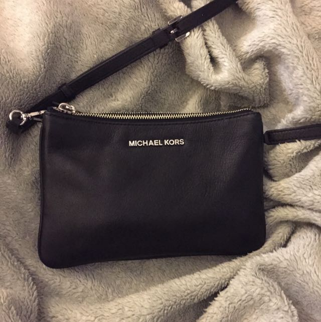 Authentic Michael Kors Bedford Gusset Crossbody