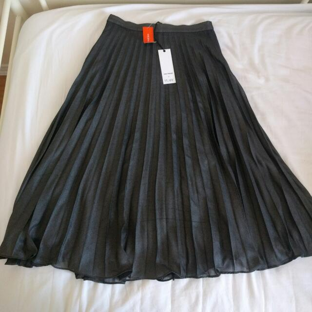 Mid Length Pleated Skirt