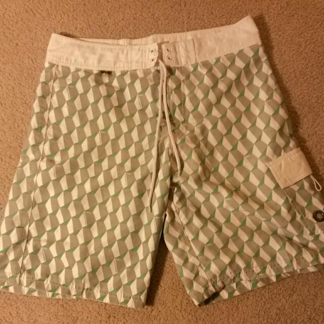 Mossimo Size 34 Board Shorts