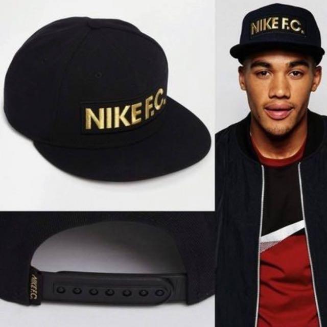 NIKE FC 棒球帽