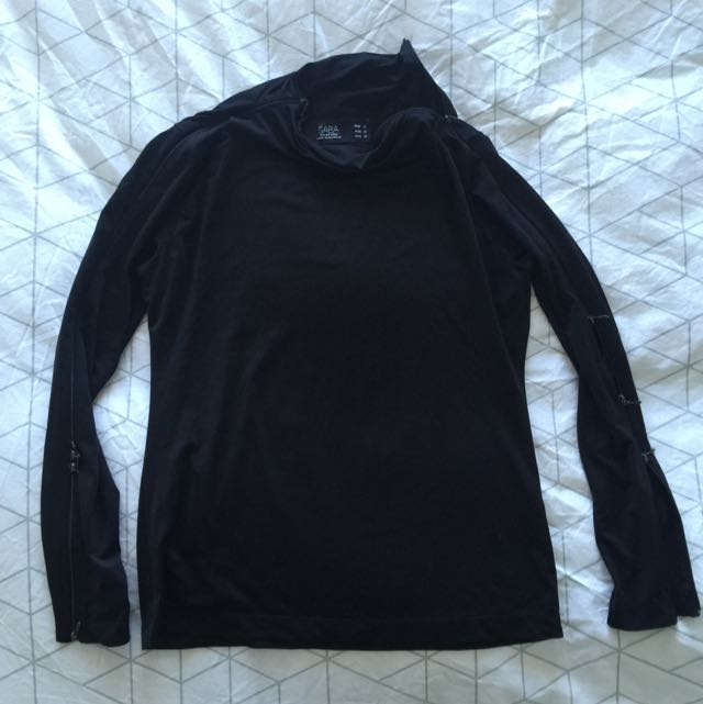 SABA Classic Black Top With Zip On Both Sleeves