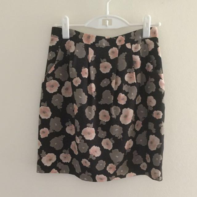 Skirt - Grey Flower Print, Size M (Japan size)