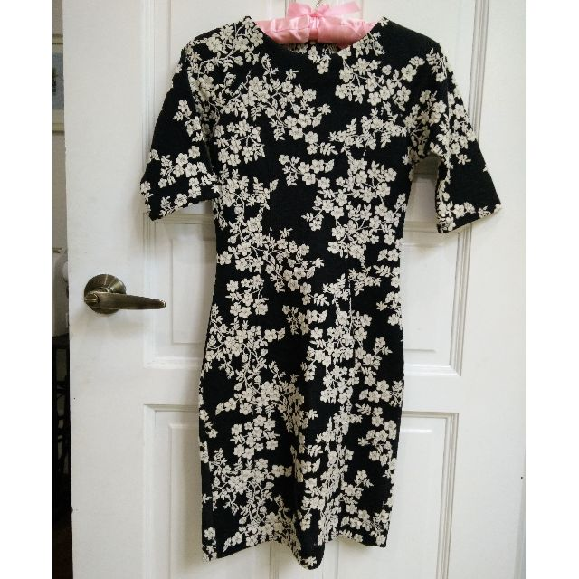 (SOLD) Warehouse Floral Blossoms Black & White Dress XS