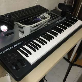 M AUDIO KEYSTATION 61 CONTROLLER