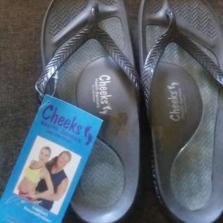 Unisex Cheeks Health Sandals