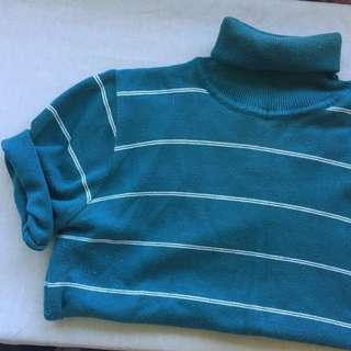 Very 70's Vintage Turtle Neck Tshirt
