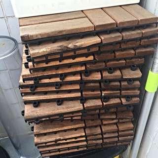 IKEA 戶外木地板