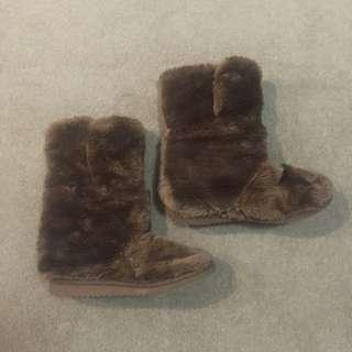Peter Alexander Furry Home Boots