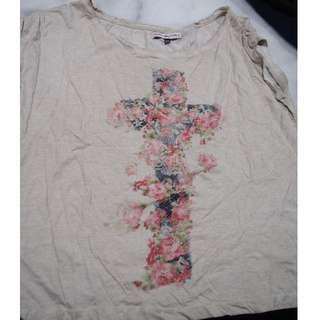 Bershka floral cross Tshirt  Size M