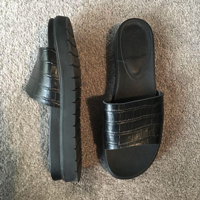 90's Style Platform Sandals